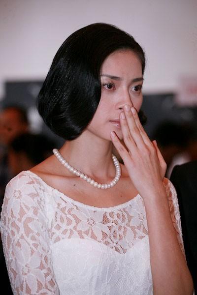 Ngô Thanh Vân có lẽ là ngôi sao dễ dàng bị xúc động nhất showbiz khi rất nhiều lần cô khóc trước ống kính khi nhìn thấy những mảnh đời khó khăn trong cuộc sống...
