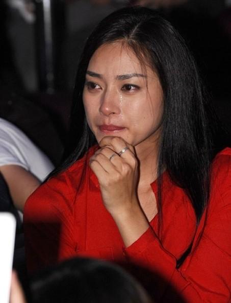 ... hai lần ngồi dự sinh nhật của 365 cô đều khóc