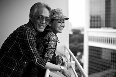 Khánh Ly cùng chồng - một trong số những tấm ảnh do Cao Trung Hiếu chụp sẽ được làm thành cuốn sách ảnh sẽ phát hành trong thời gian tới.