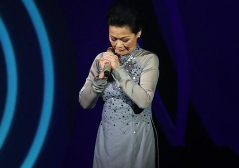 Khánh Ly lần đầu tiết lộ về chồng con