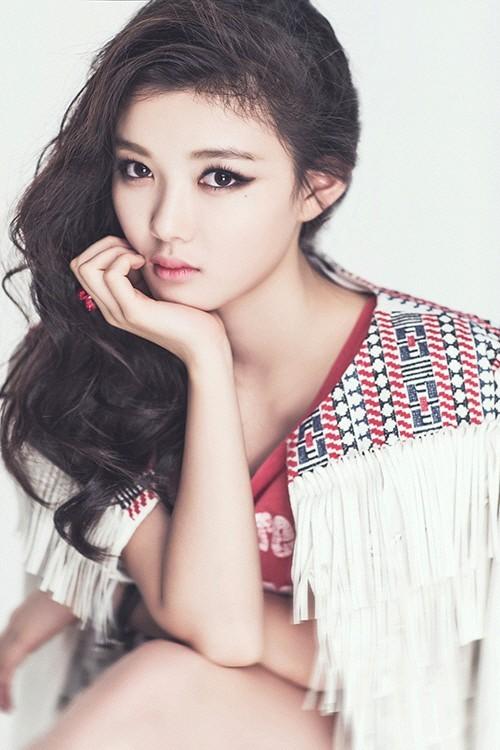 Bí mật chưa tiết lộ của mỹ nhân nhí hot nhất showbiz Hàn
