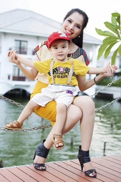 Sao Việt sinh con cho bạn trai không cần đám cưới