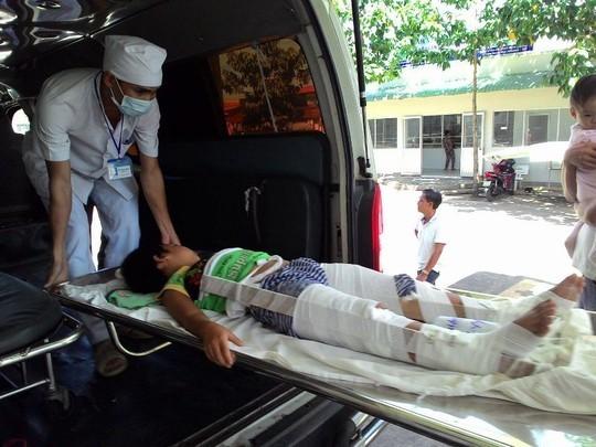 Lật toa xe tại Khu du lịch núi Bà Đen, 14 người cấp cứu
