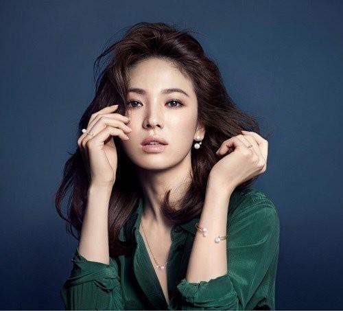 Ảnh quảng cáo mới của Song Hye Kyo được công bố