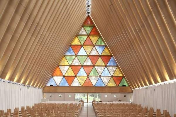 Vẻ đẹp của nhà thờ mới ở Christchurch, New Zealand.