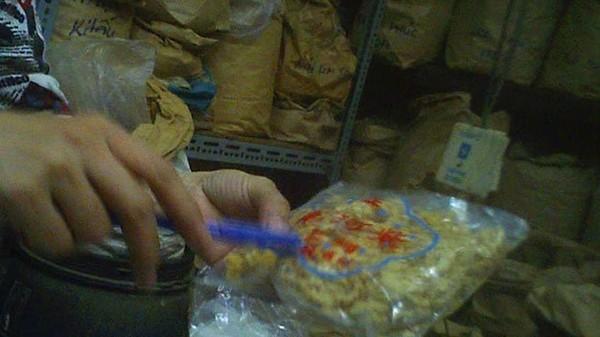 Bịch tử hà sa giá 300.000 đồng tại một cửa hàng trên đường Lương Như Học (Q.5, TP.HCM) - Ảnh: Ngọc Khải