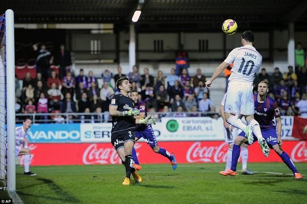 James Rodriguez mở tỷ số trận đấu cho Real Madrid