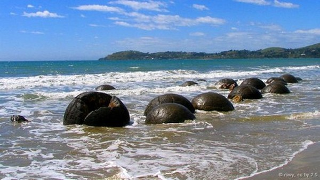 Những tảng đá Moeraki ở New Zealand: