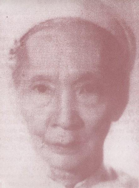 Một ảnh chụp khác của Vương phi Mai Thị Vàng, vợ yêu của vua Duy Tân lúc về già