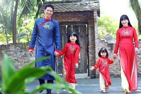 Bình Minh hiện sống rất sung túc bên vợ và 2 con gái dễ thương