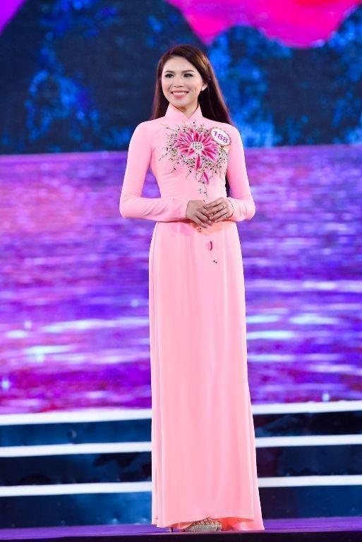 Cô đến từ Đồng Nai có chiều cao 1m75