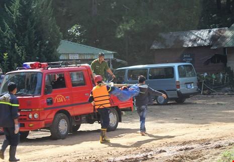 Công ty du lịch đưa khách 'chui' đến thác Hang Cọp - ảnh 2