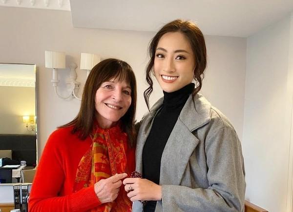 Hoa hậu Lương Thùy Linh gặp gỡ chủ tịch Miss World