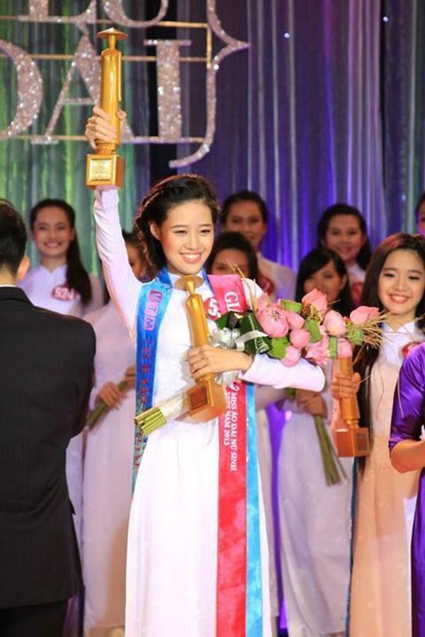 Ngắm nhan sắc đời thường của Tân hoa hậu Hoàn vũ Khánh Vân - ảnh 3