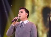 Nghe Đăng Nguyên hát 'Đâu phải bởi mùa thu' của Phú Quang