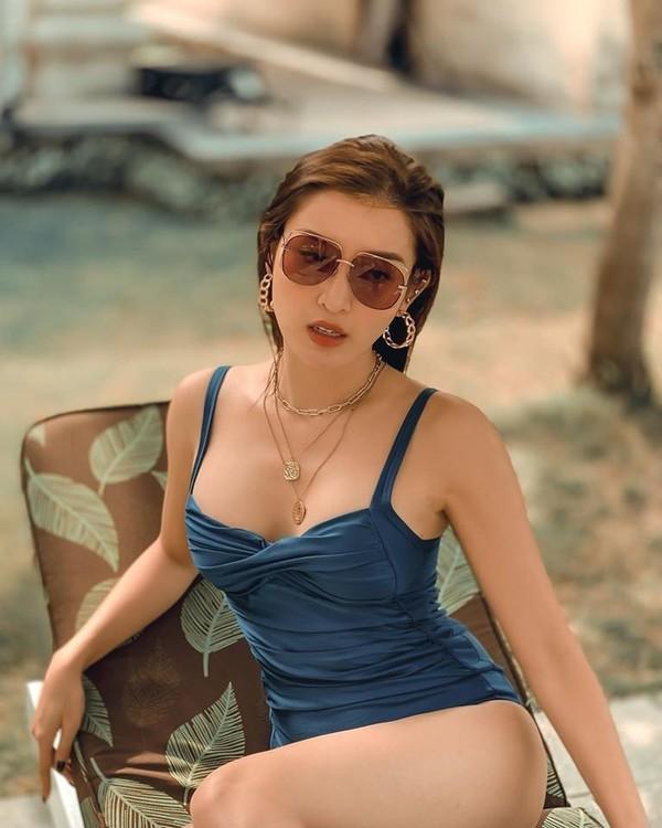 Á hậu Huyền My khoe dáng bikini gợi cảm, nóng bỏng - ảnh 12