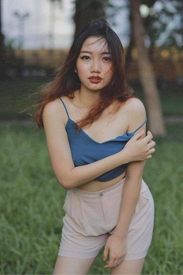 Ngắm nữ sinh Luật gốc Lào thi Hoa hậu Việt Nam 2020 - ảnh 7