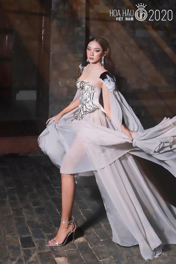 Ngắm Bích Thùy cô gái đất võ vào bán kết Hoa hậu Việt Nam 2020 - ảnh 3