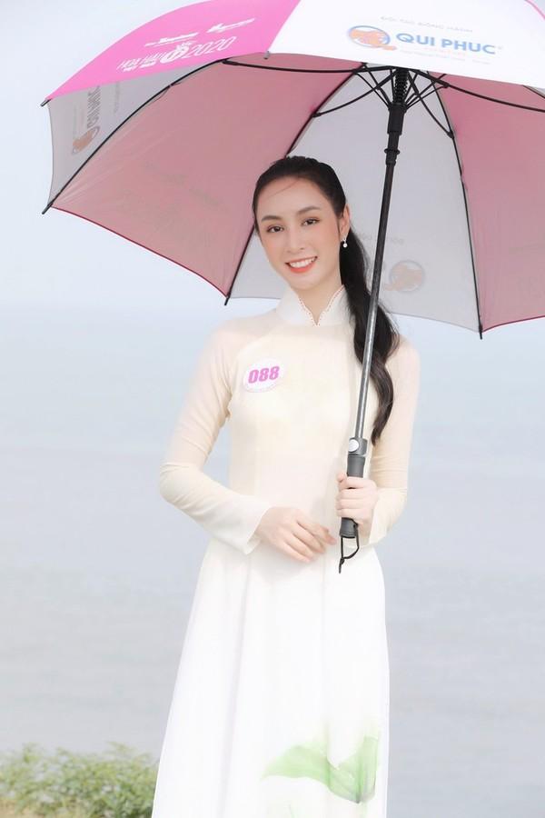 Ngắm Hoàng Bảo Trâm du học sinh vào chung kết Hoa hậu Việt Nam - ảnh 13