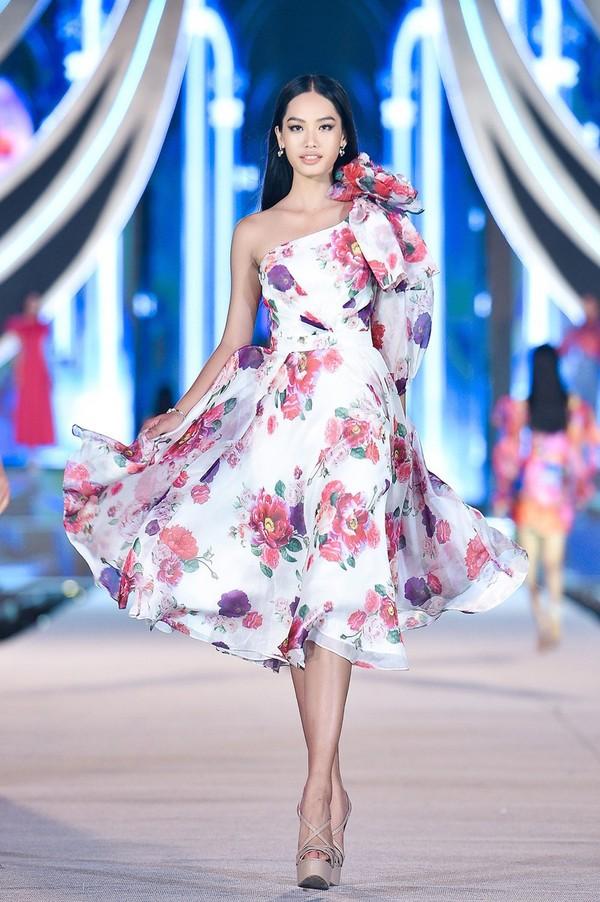 Thanh Nhàn - Người đẹp Thời trang Hoa hậu Việt Nam 2020 - ảnh 10