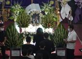 'Nhỏ ơi' và Thánh ca trong lễ tang của nghệ sĩ Chí Tài