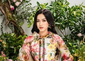 Đỗ Thị Hà khoe dáng xinh tươi chào năm mới 2021