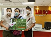 MC Quyền Linh ủng hộ 2,2 tỉ đồng cho quỹ vaccine