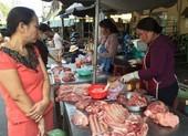 Đầu năm: Chợ đìu hiu, thịt heo có loại giảm 40.000 đồng/kg