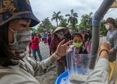 Sau lần đầu vỡ trận, 'ATM gạo' tại Huế đi vào hoạt động