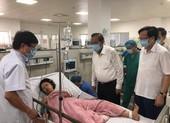 PTT Trương Hòa Bình thăm nạn nhân trong vụ lật xe ở Quảng Bình