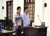 Chủ và người làm thuê bị phạt tù vì trộm cát