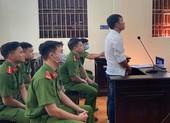 Nói xấu lãnh đạo huyện trên facebook, bị 1 năm tù