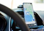 Làm ơn hãy ngừng sử dụng điện thoại khi đang lái xe!