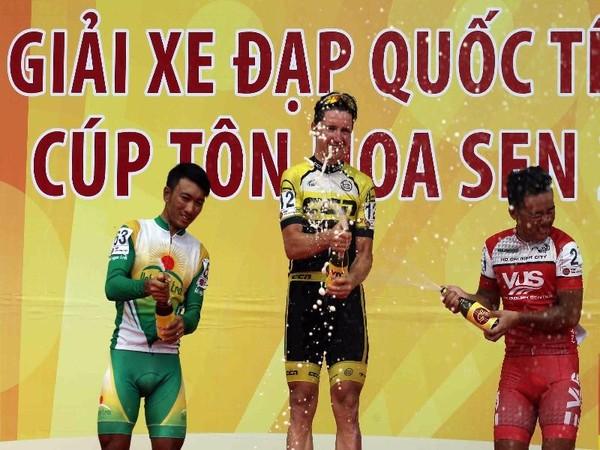 Jos Koop đua xe đạp