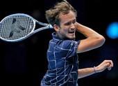 Medvedev 'hủy diệt' Djokovic như thế nào?