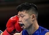 Rời sàn đấu bằng xe lăn, võ sĩ Nhật vẫn lọt vào bán kết Olympic