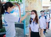 Sinh viên nhiều trường ĐH tại TP.HCM đi học trở lại từ 1-3