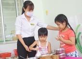TP.HCM chi hàng tỉ đồng hỗ trợ, khen thưởng học sinh,giáo viên