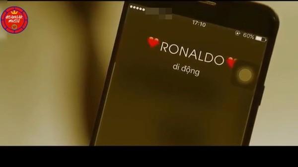 Cười vỡ bụng khi thấy Cristiano Ronaldo xuất hiện trong MV với Hương Tràm - Tin sao Viet - Tin tuc sao Viet - Scandal sao Viet - Tin tuc cua Sao - Tin cua Sao