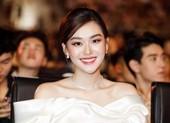 Á hậu Tường San lên xe hoa ở tuổi 20