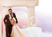 Á hậu Thúy An tung ảnh cưới cùng chồng Tiến sĩ