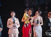 H'Hen Niê và đẳng cấp hoa hậu trong đêm WeChoice Awards