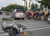 Nghi nhóm cướp giật tông xe liên hoàn