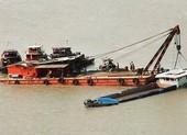 Sà lan và tàu tông trên sông Sài Gòn, 2 người mất tích