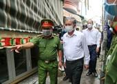 Lãnh đạo TP.HCM thăm hỏi các gia đình vụ cháy làm 8 người chết