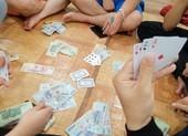 3 cán bộ cấp huyện bị khởi tố vì đánh bạc