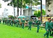 Bộ Tư lệnh TP.HCM xuất quân cùng công an trực chốt, chống dịch