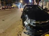 Ô tô đâm gốc cây, xe máy văng 30m, nam thanh niên chết tại chỗ