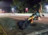 Tông xe máy trong đường nội bộ, người đàn ông tử vong