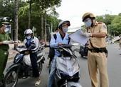 Hạn chế ra đường sau 18 giờ: Kiên quyết xử lý những trường hợp vi phạm